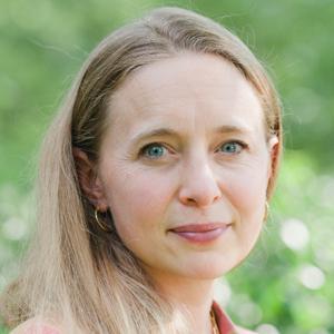 Laura Louison